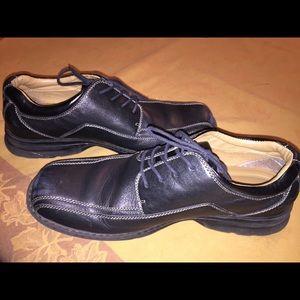 Men's Size 12M Dockers Dress Shoes.